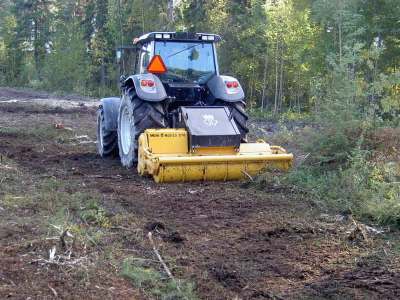 Frez lesny, maszyny leśne, rozdrabniacz leśny