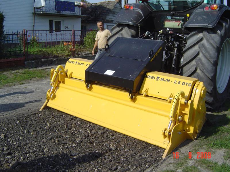 MERI Road Crusher